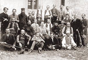 Milan-Rakic-i-Vladeta-Kovacevic-s-Pecancima-1909