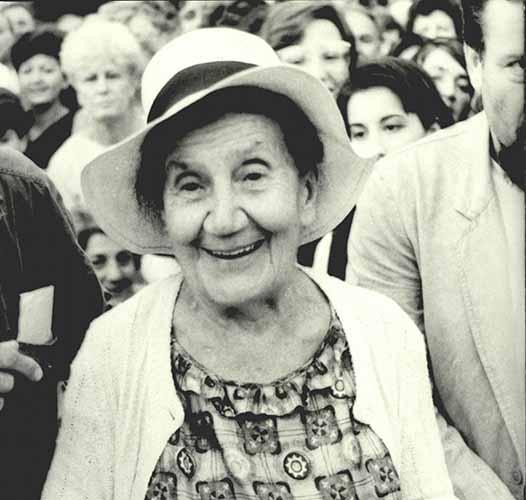На данашњи дан преминула је песникиња Десанка Максимовић